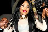 "Lil Kim Responds To Lil Wayne's Shot At Her On ""Pure Colombia"""