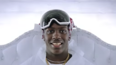 """Lil Yachty """"Shoot Out The Roof"""" Video"""