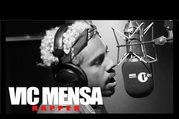 """Vic Mensa """"Fire In The Booth"""" Freestyle Video"""