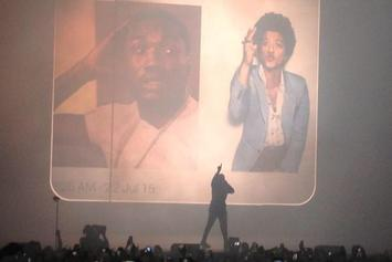 """Drake Performs """"Back To Back"""" At OVO Fest"""