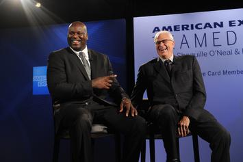 Phil Jackson Recalls How Shaq Used To Show Up To Practice Naked