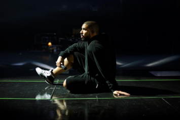 "Drake Fined $13,000 For Going Overtime At Dallas ""Summer Sixteen"" Show"