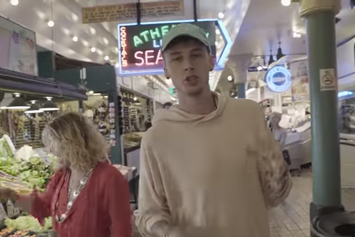 "Machine Gun Kelly Feat. Mod Sun ""Sublime (Remixx)"" Video"