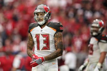 """Mike Evans Flip Flops On Anthem Protest: """"This Sunday I Will Be Back To Standing"""""""
