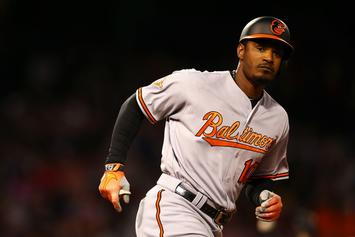 Orioles' Adam Jones Says Red Sox Fans Threw Peanuts, Yelled Racial Slurs