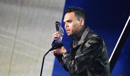 Chris Brown Tells Soulja Boy To Avoid Taking Steroids For The Fight
