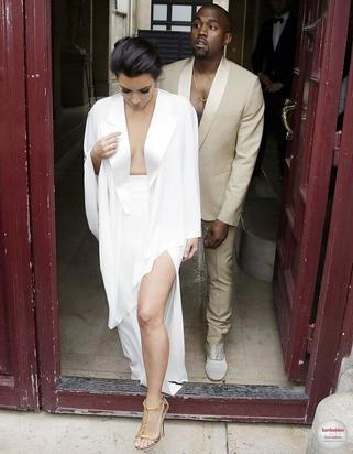 Kanye & Kim head to their wedding rehearsal at Versailles