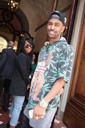 Big Sean arrives in Florence