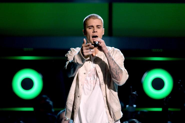 Justin Bieber at 2016 Billboard Awards