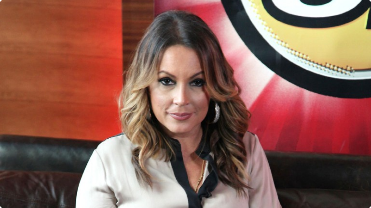 Angie Martinez Angie Martinez Signs With Roc Nation